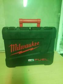 Milwaukee fuel boxes carry cases!