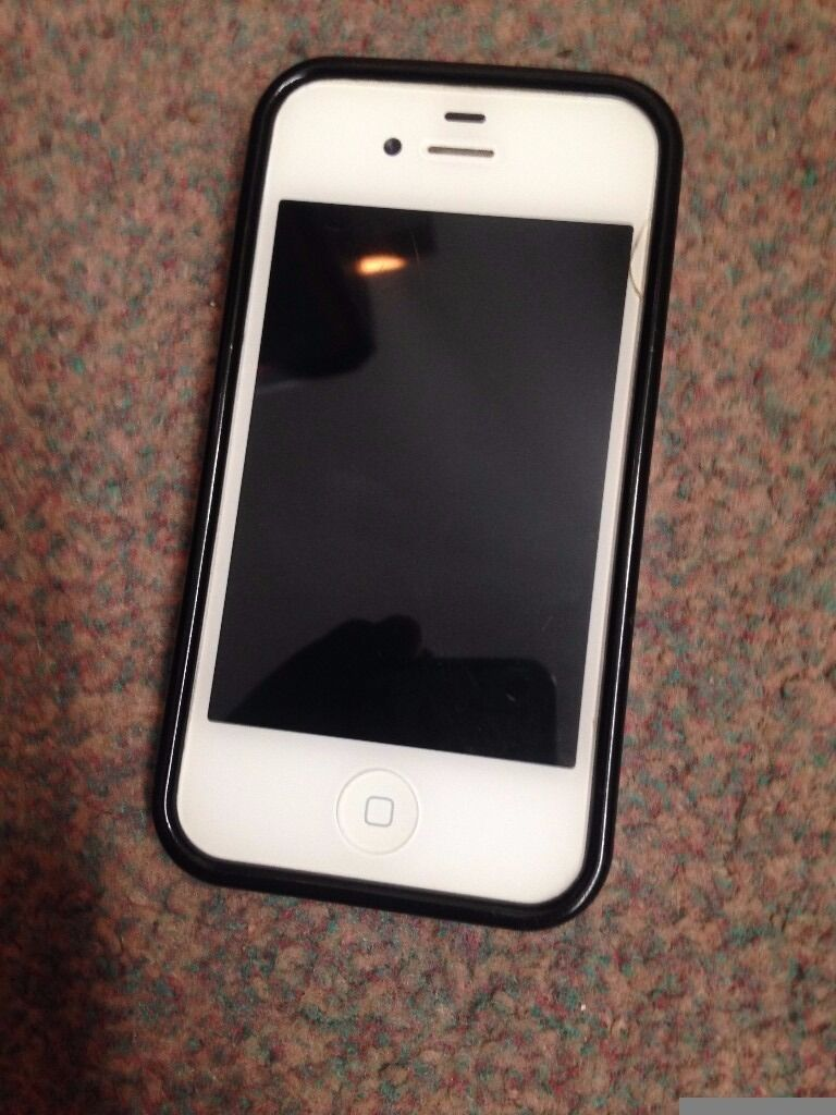 Iphone 4 8GB Whitegood working orderin Dalgety Bay, FifeGumtree - Iphone 4 8GB White good working order. Back of phone shattered as per pic but black cover been used so phone can still be used around £2.00 on ebay for replacement is you wanted to change it. Phone is 8GB version and has just been reset phone was...