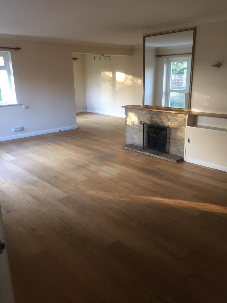 Small double bedroom to rent in a house share