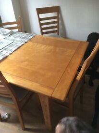 Marks and Spencer's dining room table and 6 chairs