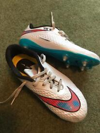 Nike Hypervenom - White/Blue/Orange - Size 4