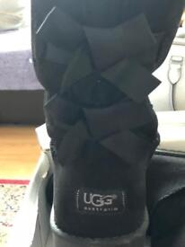 New in box ugg bow boots