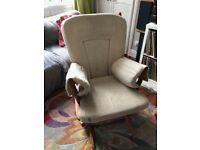 Dutailier Nursing/Rocking Chair