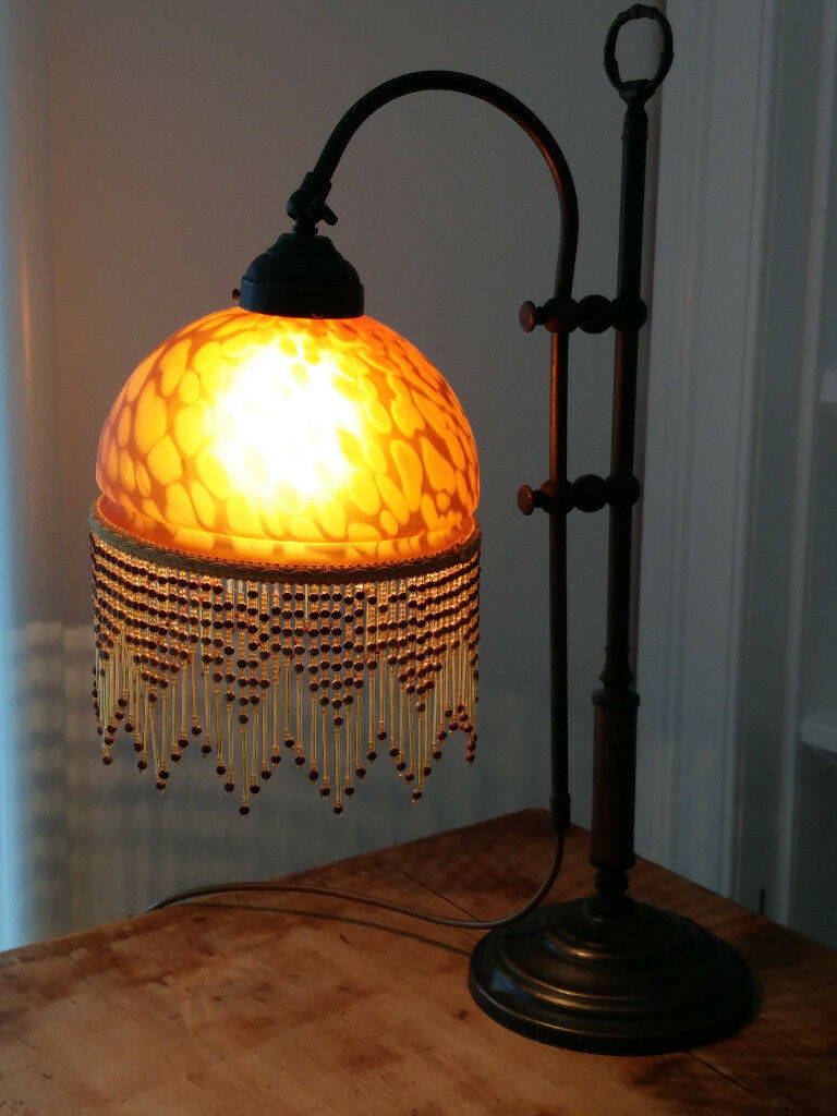 Period style lamp