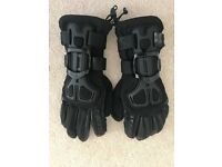 Dainese gloves size small like new only used once