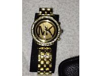michael kors watch and gift box with woman purses