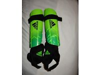 Adidas Shin pad Guards Ghost Reflex 009