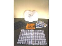 New & used kitchen textiles: a collection of 5 various items. £1.50 the lot