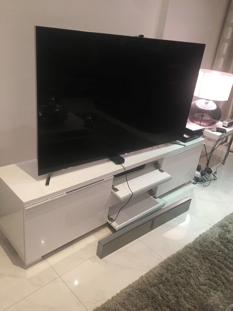 Ikea besta burs TV Stand in white high gloss
