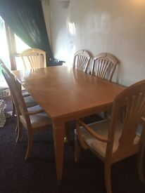 Solid pine oak table and 6 chairs