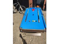 """SNOOKER/POOL TABLE"""