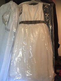 Bridesmaid & flowergirl dresses