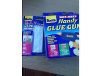 Handy glue gun