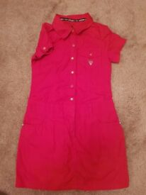 Girls Guess dress Size 7. Nice and clean and in good condition.