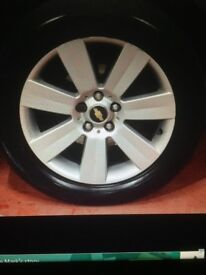 Chevrolet captiva wheels nearly new x4 and Tyres