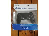 Offical DualShock 4 controller for PS4