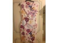 Women's dress size 10 white floral print flowery bodycon wedding