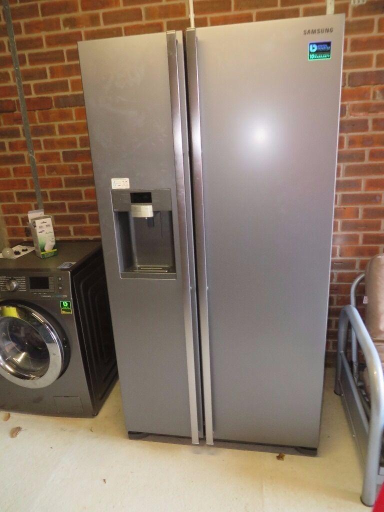 samsung rsg5uumh. for sale - samsung rsg5uumh american-style fridge freezer manhattan silver samsung rsg5uumh