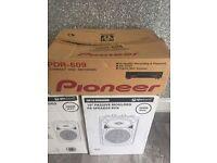 Pioneer PDR-609 CD Recorder /plus X2 Qr10 300 watt Speakers.