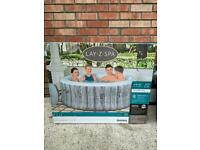 Lazy spa Fiji hot tub