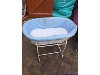 Moses basket with hood and mattress