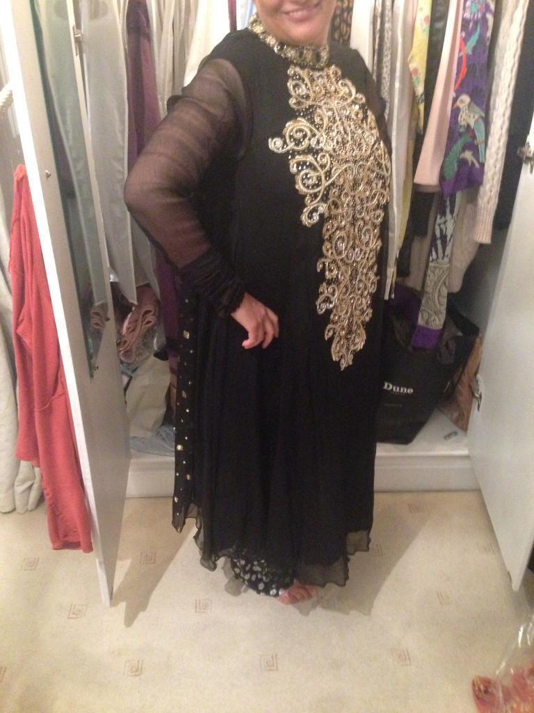 Asian Indian Pakistani dress shirt kurtha kameez