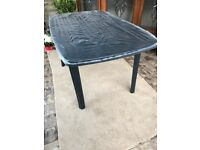 New packaged 6 seater patio table.