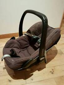 Maxi Cosi Pebble Group 0+ baby car seat