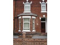 Room to let in professional house share newly refurbished house in manchester.