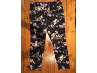 Ted Baker ladies black satin cropped trousers, size 10/12