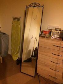 Standing mirror for sale (karmsund)