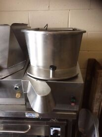 Potato Chipper IMC PC2 Does 17mm Chips Good Clean Working Condition Runs Off Ordinary 13 Amp Plug