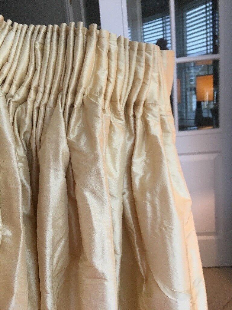 Laura Ashley 100 Silk Curtains Size 90 X 90 In Leeds