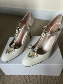Vintage Style Ladies Bridal Shoes Size 41 *BRAND NEW* Eva' Emmy Of London