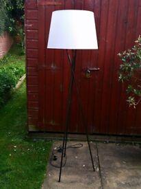 Black metal tripod standing lamp / floor lamp / standard lamp £15