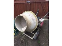 Cement mixer with stand (Honda G-100 engine)