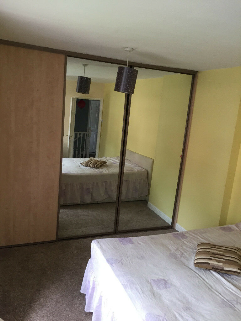 Spacious double Room to rent in Salford