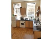 Bright Large Room Share Avail in Fulham Now