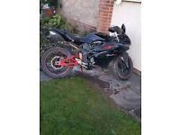 Megelli 125r motorbike 4stroke working selling cheap as need gone no mot or logbook
