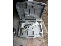 NAIL GUN, PNEUMATIC (AIR) TYPE.