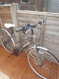 Ladies Apollo Virtue hybrid bike