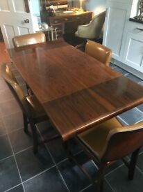 Solid Oak Table &Chairs