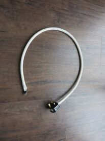 A Russ Andrews/Kimber cable 3ft Siver powercord