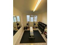 Private Home Gym Studio | Personal Trainer & Dietitian for Muscle Gain + Fat Loss for MEN.