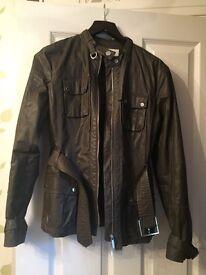 Karen Millen coat. Excellent condition, hardly worn.