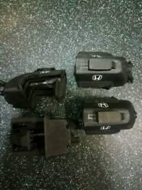 Honda lockable roof bar feet, price ono