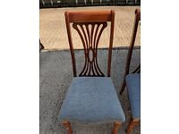 6 X dining chairs & 2 matching carvers