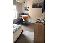 Room for rent in 7 Bed Student House, 5 mins walk to UoB