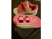 Sidewalk sports shoes