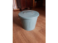 Blue KNODD Ikea Bin with lid 16L